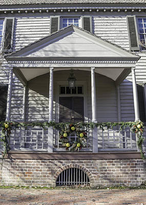 Carter House Photograph - Robert Carter House Porch 02 by Teresa Mucha