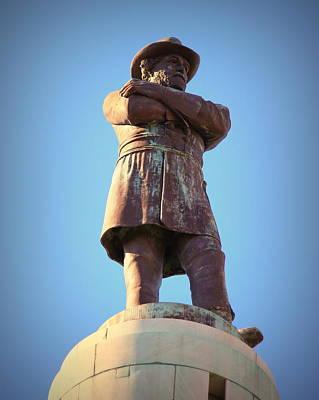 Photograph - Robert E Lee Statue by Beth Vincent