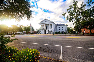 Photograph - Robert Mills Courthouse by Linda Brown