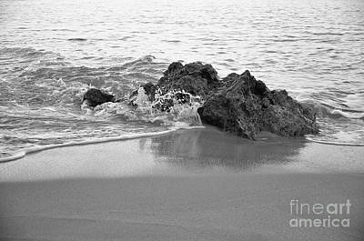 Rock And Waves In Albandeira Beach. Monochrome Art Print