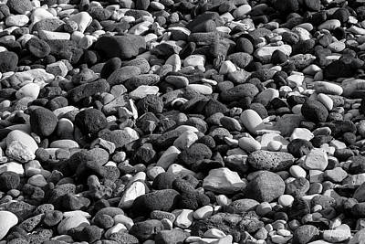 Photograph - Rock Beach, Iceland - 0889,sw by Wally Hampton
