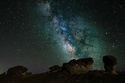 Photograph - Rock Cut - Milky Way by Gary Lengyel
