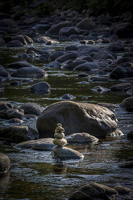Photograph - Rock Formation In The River by Francisco Gomez