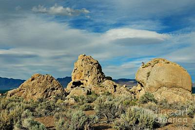 Photograph - Rock Formations At Pyramid Lake by Benanne Stiens