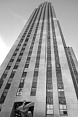 Photograph - Rockefeller Center 30 Rock V2 by Robert Meyers-Lussier