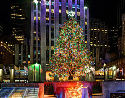 Photograph - Rockefeller Center 745  by Jeff Stallard