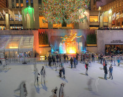 Photograph - Rockefeller Center 746 by Jeff Stallard