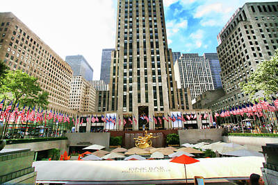 Photograph - Rockefeller Center Ny by Chuck Kuhn