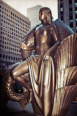 Photograph - Rockefeller Center Statue by Mike Martin