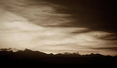 Photograph - Rockies Sunset by Marilyn Hunt
