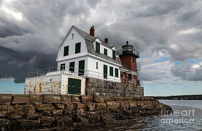 Photograph - Rockland Breakwater Light by Karin Pinkham