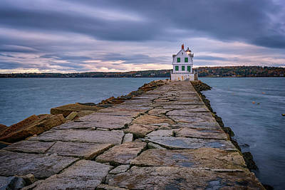 Rockland Harbor Breakwater Light Art Print