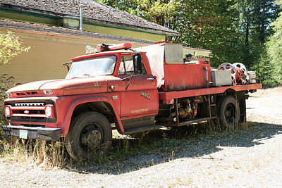 Photograph - Rockport Fire Truck by Tom Cochran