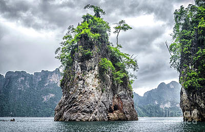 Rocks At Khao Sok Art Print