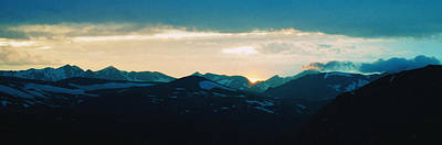 Photograph - Rocky Mountain Sunset by Thomas Bomstad