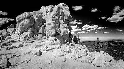 Photograph - Rocky Outcropping by Lynn Palmer
