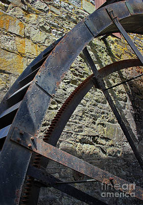Photograph - Rocky Run Wheel by Karen Adams