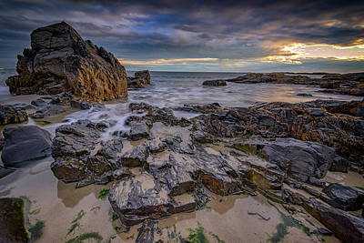 Photograph - Rocky Shoreline In Ogunquit by Rick Berk