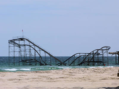Rollercoaster Photograph - Rollercoaster In The Water. by George Martinez