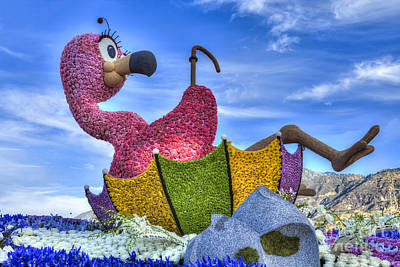 Photograph - Rollin' On The River Parade Float by David Zanzinger