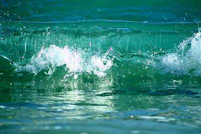 Photograph - Rolling Wave by Catie Canetti