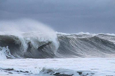 Photograph - Rolling Wave by Robert Banach