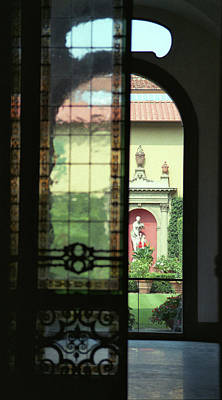 Photograph - Roman Courtyard View by Carol Kinkead