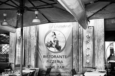 Capitale Photograph - Romane by John Rizzuto