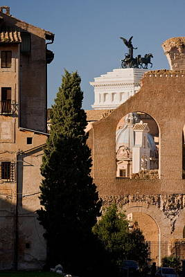 Photograph - Rome Layers 1 by Art Ferrier