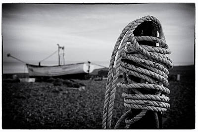 Photograph - Rope Post On Aldeburgh Beach by David Calvert