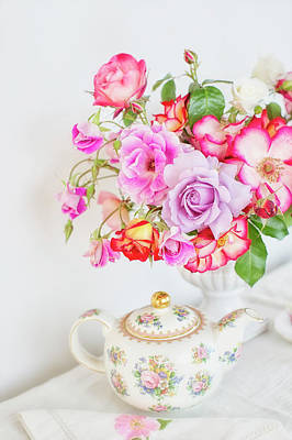 Photograph - Rose Bouquet And Vintage Teapot by Susan Gary