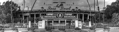 Photograph - Rose Bowl by Richard J Cassato