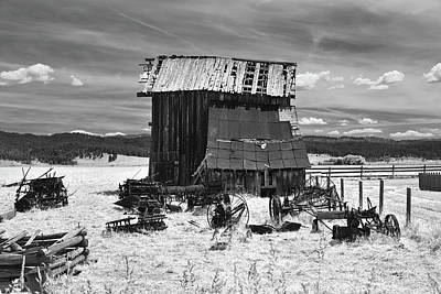 Photograph - Roseberry Barn by Richard J Cassato