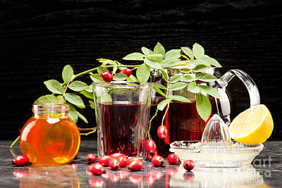 Rosehip Tea With Honey And Lemon In Glass Art Print