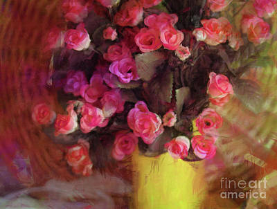 Photograph - Roses In A Vase by Judi Bagwell