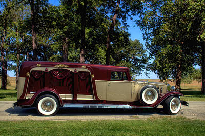 Photograph - Rosewood Prinzing Classic Renaissance Coach Hearse by Tim McCullough