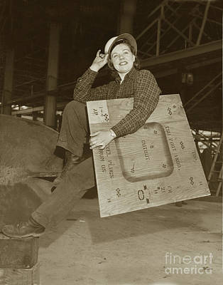 Photograph - Rosie The Riveter Circa 1945 by California Views Mr Pat Hathaway Archives
