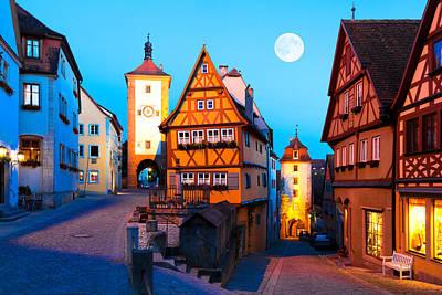 Pl Photograph - Rothenburg Ob Der Tauber 01 by Tom Uhlenberg