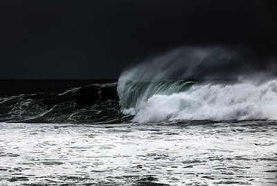 Photograph - Rough Sea by Edgar Laureano