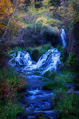 Photograph - Roughlock Falls In Autumn by Ray Van Gundy