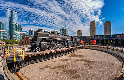 Canada Photograph - Roundhouse Turntable by Steve Harrington