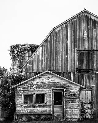 Photograph - Route 66 Barn 1 by Michael Arend
