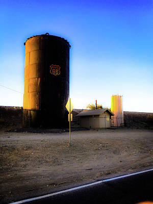 Photograph - Route 66 Silo by Charles Benavidez