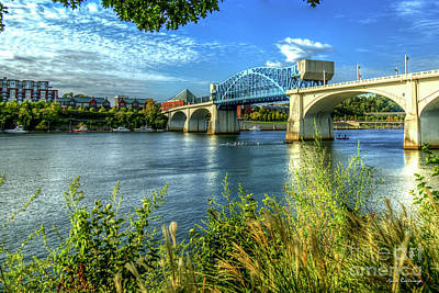Photograph - Rowing Hard Chief John Ross Bridge Spanning The Tennessee River Art by Reid Callaway