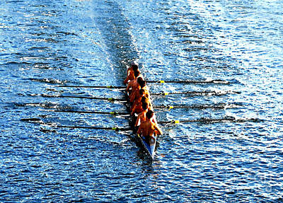 Photograph - Rowing In by David Lee Thompson