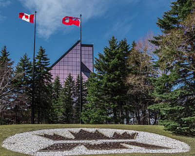 Photograph - Royal Canadian Mint In Winnipeg by Tom Gort