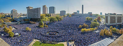 Liberty Memorial Photograph - Royals World Series Rally Crowd by Roy Inman