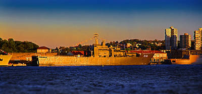 Photograph - Rss Endeavour 210 In Sydney Sunset by Miroslava Jurcik
