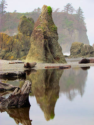 Photograph - Ruby Beach Sea Stacks - Reflecting Pool - Pacific Northwest by Marie Jamieson