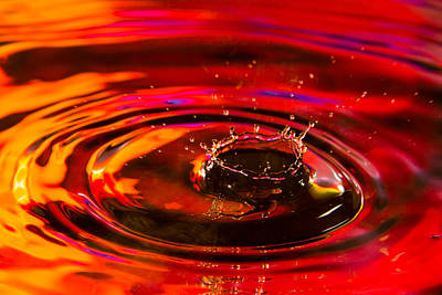 Photograph - Ruby Crown Water Drop by Steven Green